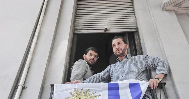 2 ex-Guantanamo detainees to tie knot with Uruguayan women