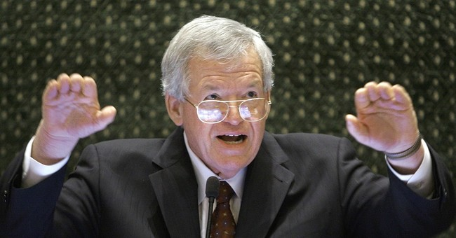 Latest on Dennis Hastert: Statue to honor ex-speaker on hold