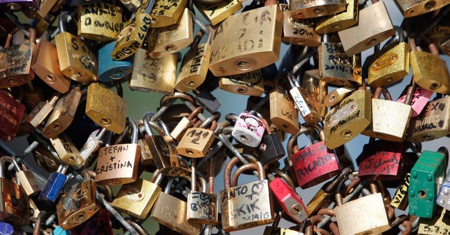 Eternal love dashed: Paris lovers' locks to be dismantled