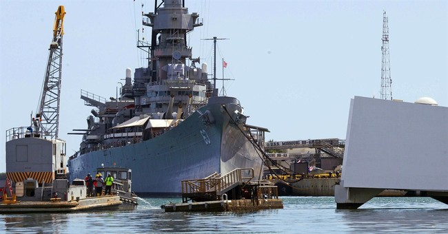 Navy, Coast Guard investigate Arizona Memorial dock mishap