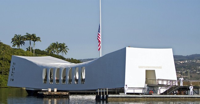 Navy, Coast Guard investigate Arizona Memorial dock mishap