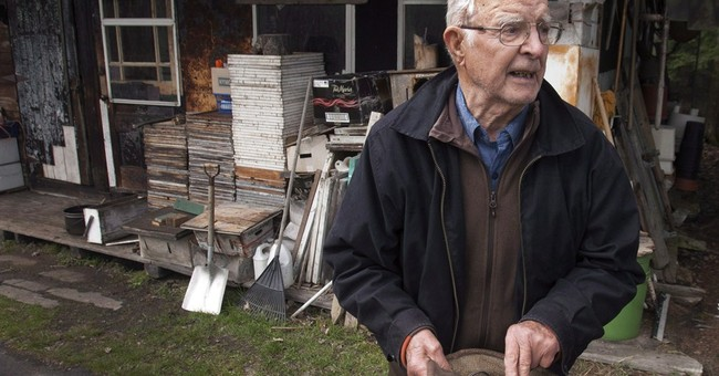 Alleged Nazi war criminal wanted by Russia dies in Quebec