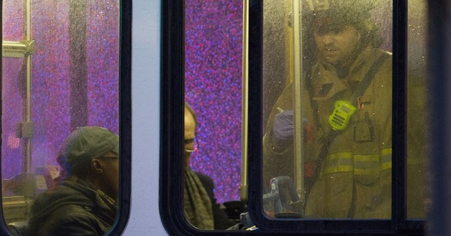 Timeline shows long wait for help on smoke-filled DC subway