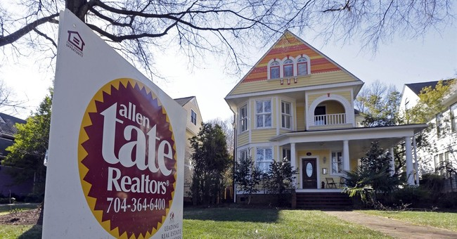 Average rate on 30-year mortgage falls to 3.66 pct.