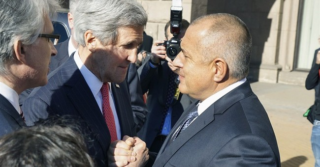 US pushes Bulgaria on energy dependence, corruption