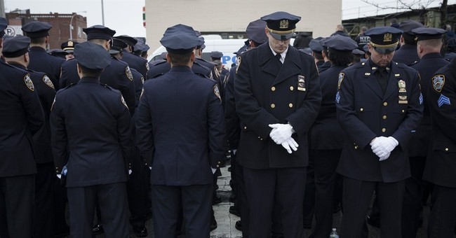 Poll: New Yorkers don't approve of police rebuffing mayor