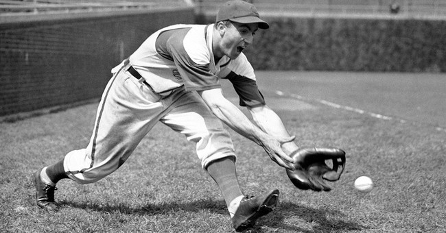 Oldest living Cubs player Lennie Merullo dies at 98