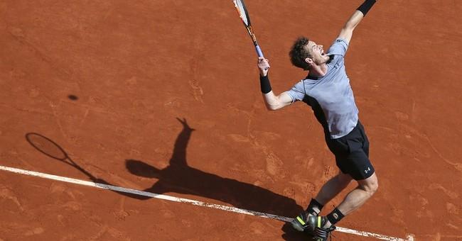 No. 1 Williams edges Azarenka in French Open's 3rd round