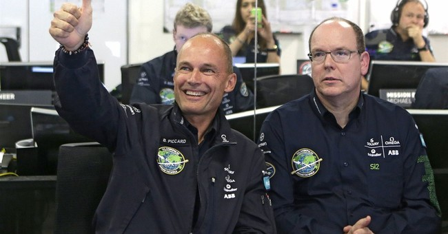 Solo flight in solar plane sets off on longest leg to Hawaii