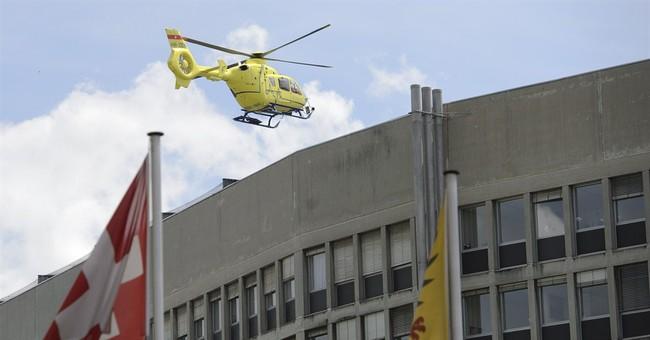 Kerry breaks leg in bicycle crash; returning to US Monday
