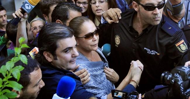 Spain: Folk singer Pantoja leaves jail for family visit