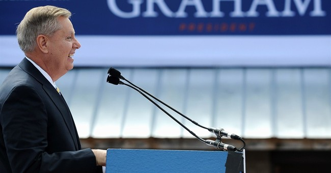 Lindsey Graham, who sees a world of peril, opens 2016 bid