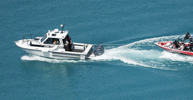 Boat capsizes in Utah windstorm; man, 3 children killed