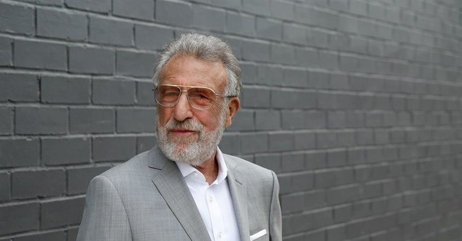 Ousted Men's Wearhouse founder returns with tailor service