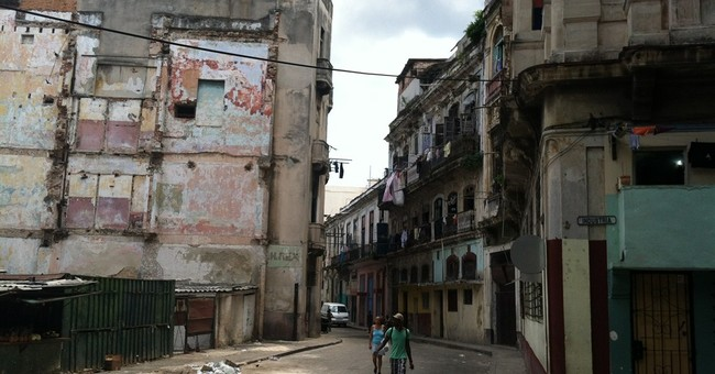 Visiting vintage Havana involves some old-school hassles