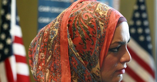 United apologizes after Muslim chaplain's soda complaint