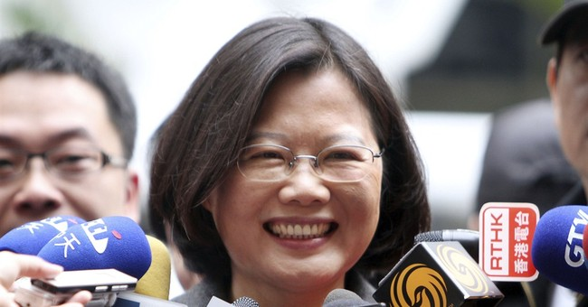 Taiwan president candidate seeks stable relations with China