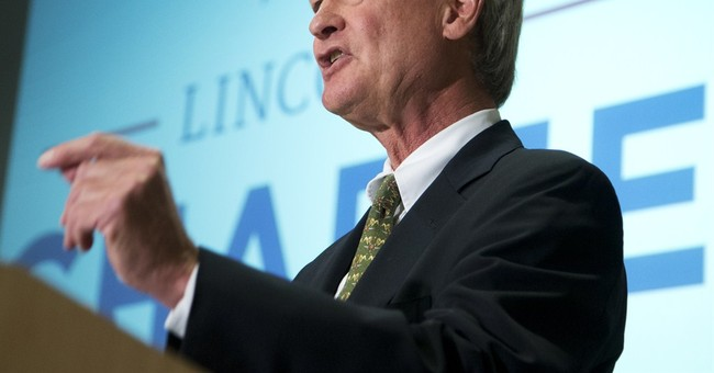 Launching '16 bid, Chafee refuses to rule out talks with IS