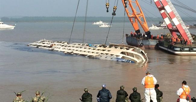 Death toll in Yangtze River capsizing tops 400
