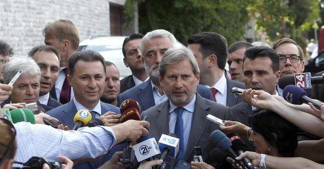 Macedonia: Opposition leader withdraws from crisis talks