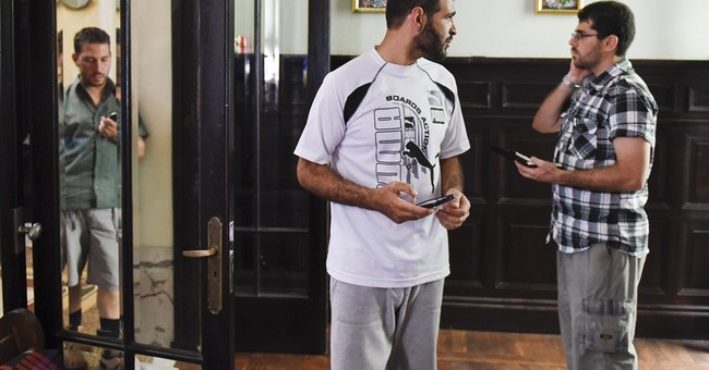 Ex-Guantanamo Bay detainee from Tunisia weds Uruguayan