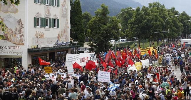 Thousands protest G7 summit in southern Germany