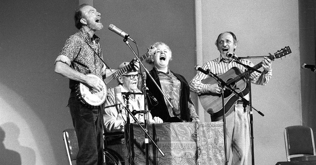 Ronnie Gilbert, member of folk quartet the Weavers, dies