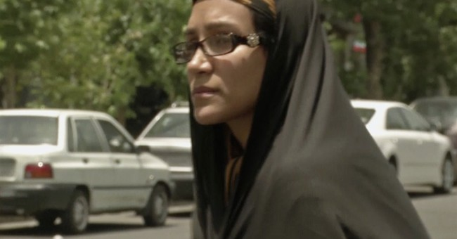 US reporter's mother speaks while son is in Iran court