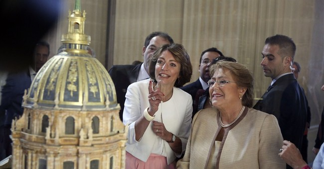 Chilean president starts official visit to France