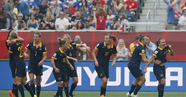 Rapinoe scores twice as US beats Australia 3-1 in opener