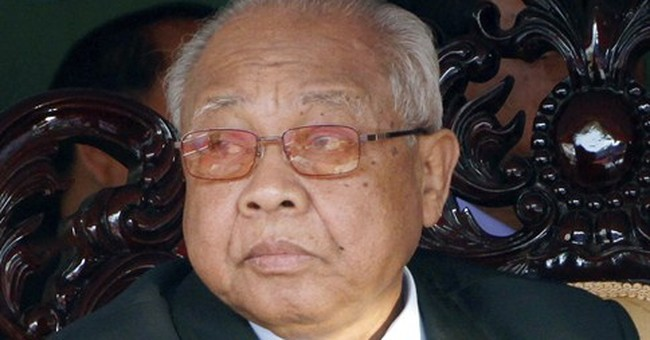 Chea Sim, a leader in post-Khmer Rouge Cambodia, dies at 82