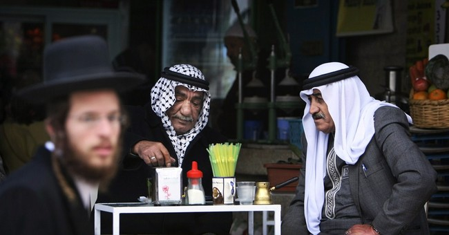 Study: Israelis, Palestinians would gain billions from peace