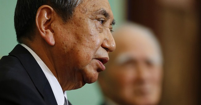 2 ex-leaders urge Abe to keep Japan's WWII apologies