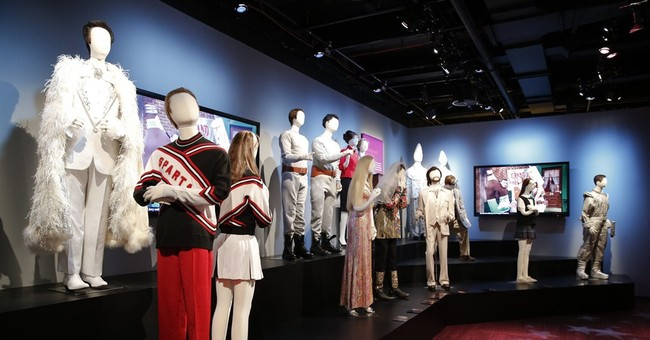 'Saturday Night Live' exhibit lets fans retrace comic past