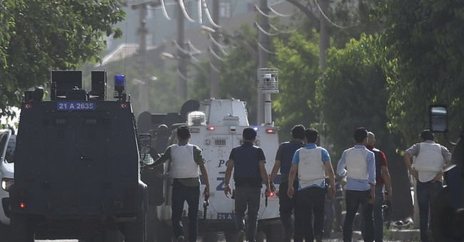 3 killed in attack, rioting in southeast Turkey
