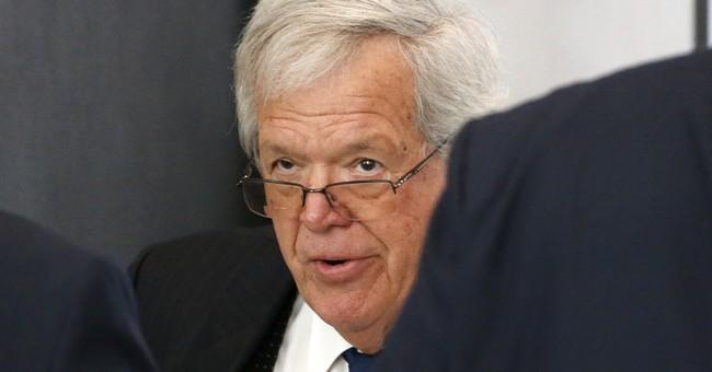 The Latest on Hastert: Ex-speaker somber in court appearance