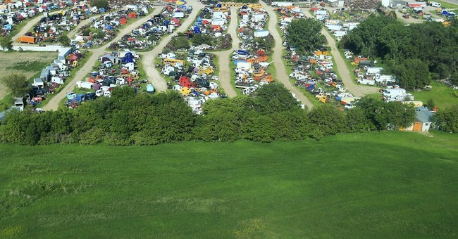 Small-town airports close as fewer pilots take to skies