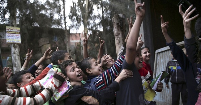 Overpopulated Egypt seeks to reduce fertility rate by 2030