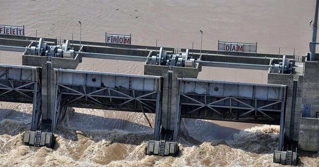 Homes, farmland flood in rural northwest Louisiana