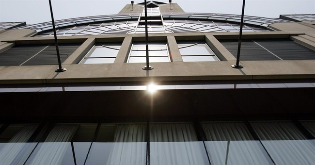 Marriott gets streaming, offers Netflix in hotel rooms