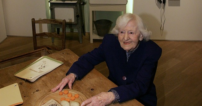 British wartime cooking educator Marguerite Patten dies