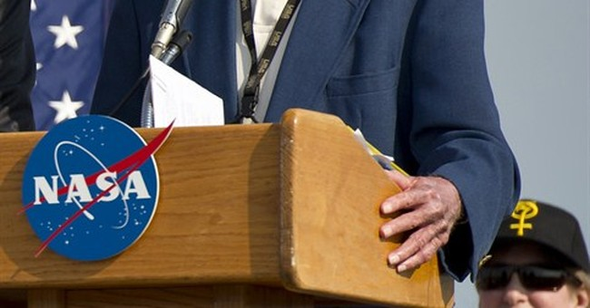 Launch commentator for Apollo 11 moon shot, Jack King, dies