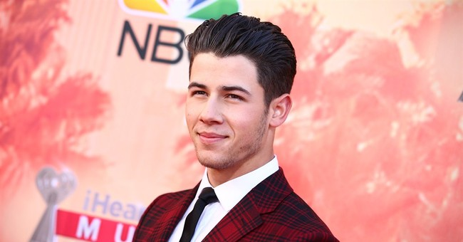 Nick Jonas replaces Azalea at Pittsburgh gay pride concert