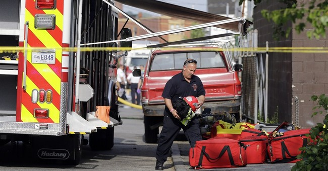 Cops: Man kills self with chemical gas, 11 sent to hospital