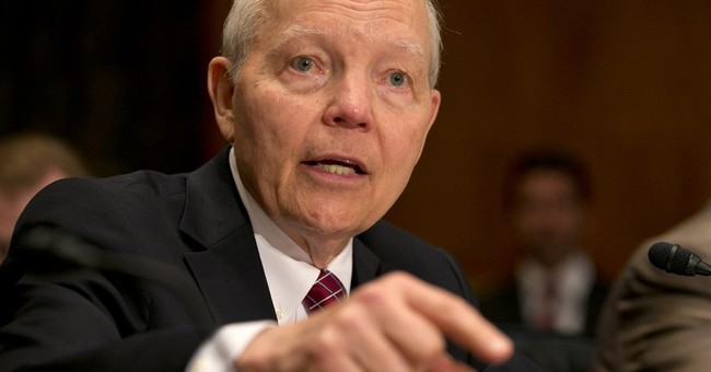 IRS taking steps to combat taxpayers' identity theft