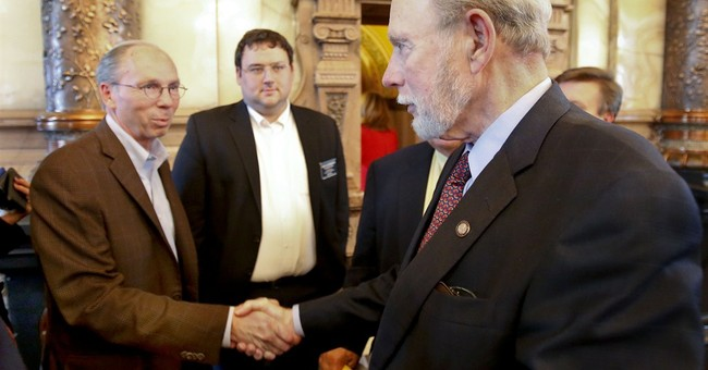 Kansas legislators approve tax increases to balance budget