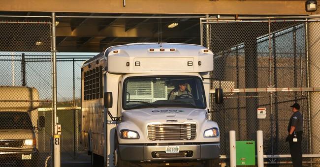 Report: Immigrant quotas benefit for-profit prison operators