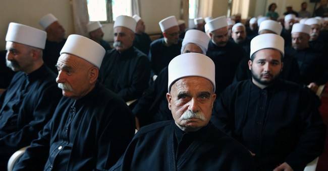 Lebanon Druze leader tries to calm fears in Syrian community