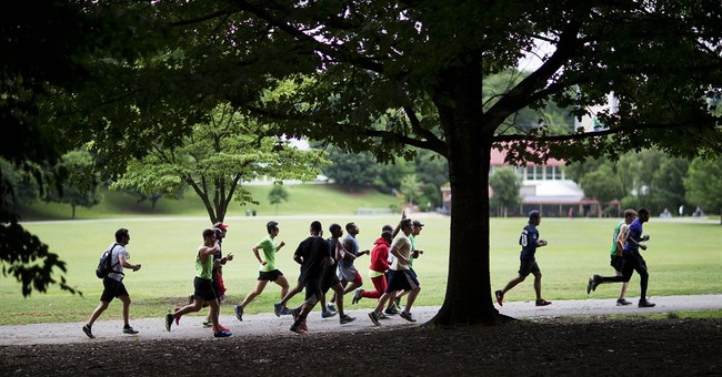 No joke: Comedian Kevin Hart leads run organized on Twitter