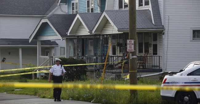 Police: 2 males, 2 females dead in shooting at Ohio home